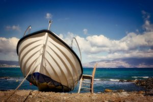 Boot am Strand auf Kreta