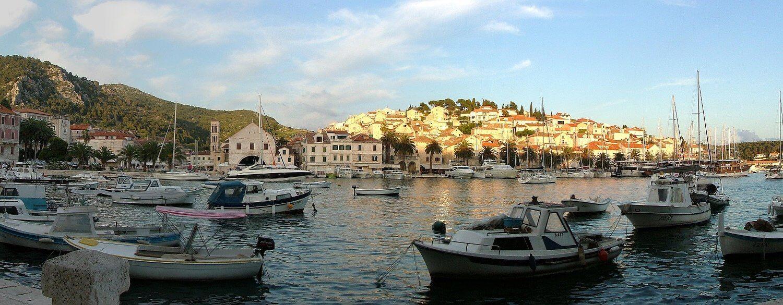 Hafen auf Insel Hvar