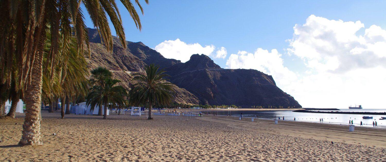 Sandstrand Playa de las Teresitas auf Teneriffa