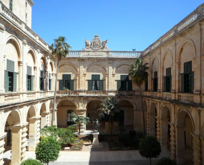 Innenhof des Großmeisterpalast