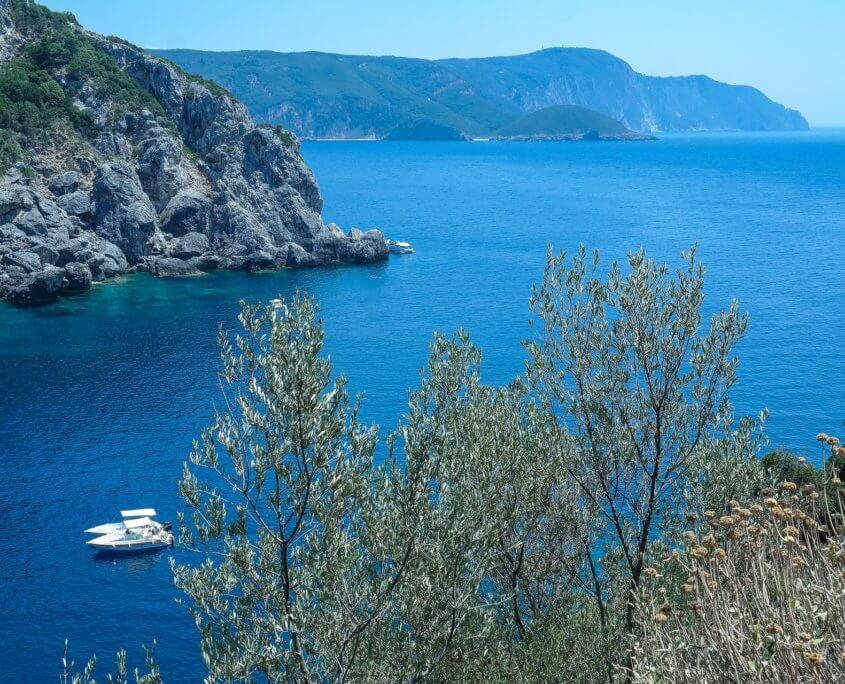 Blaue Bucht auf Korfu