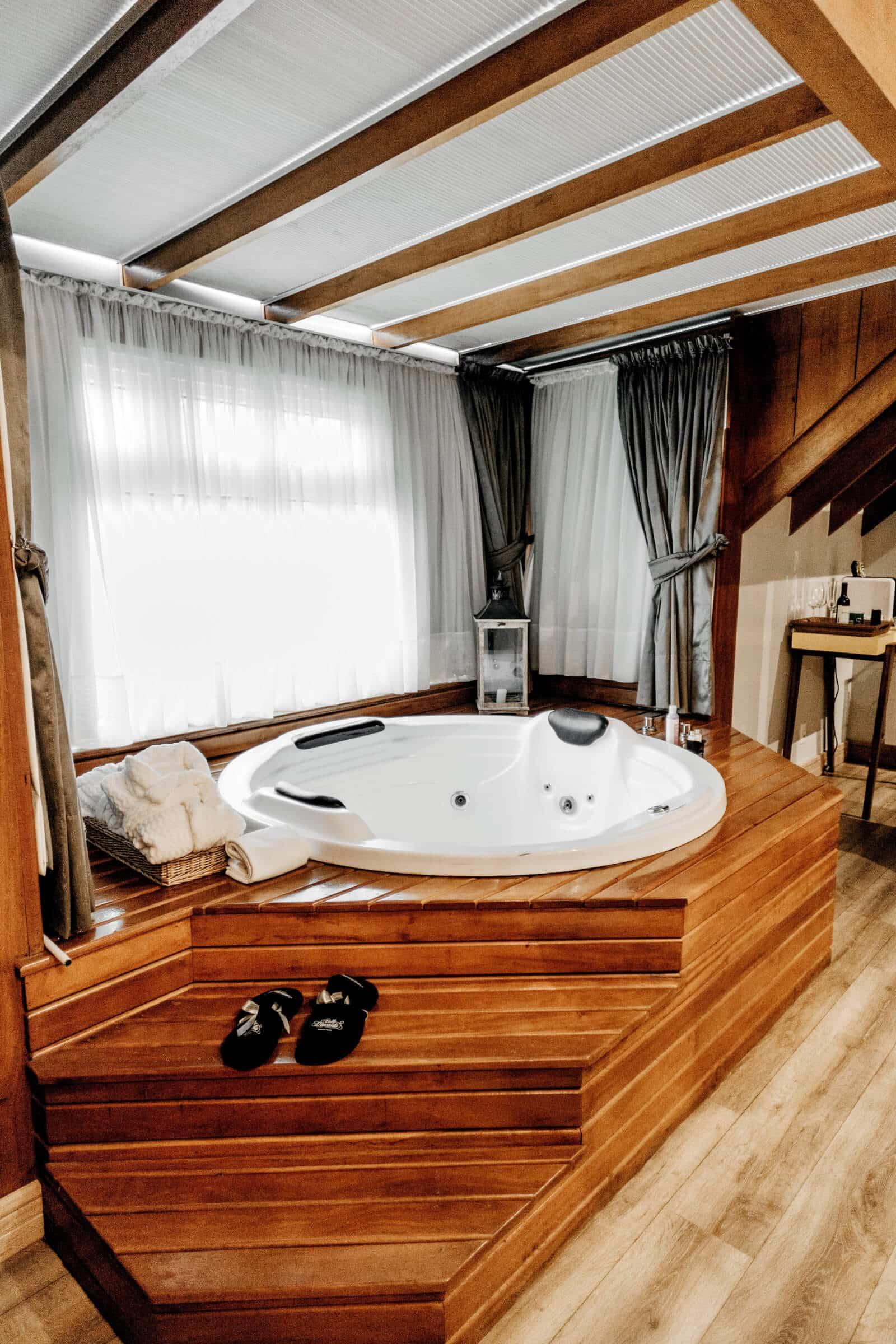 Hotel mit Whirlpool im Zimmer Romantikhotel NRW