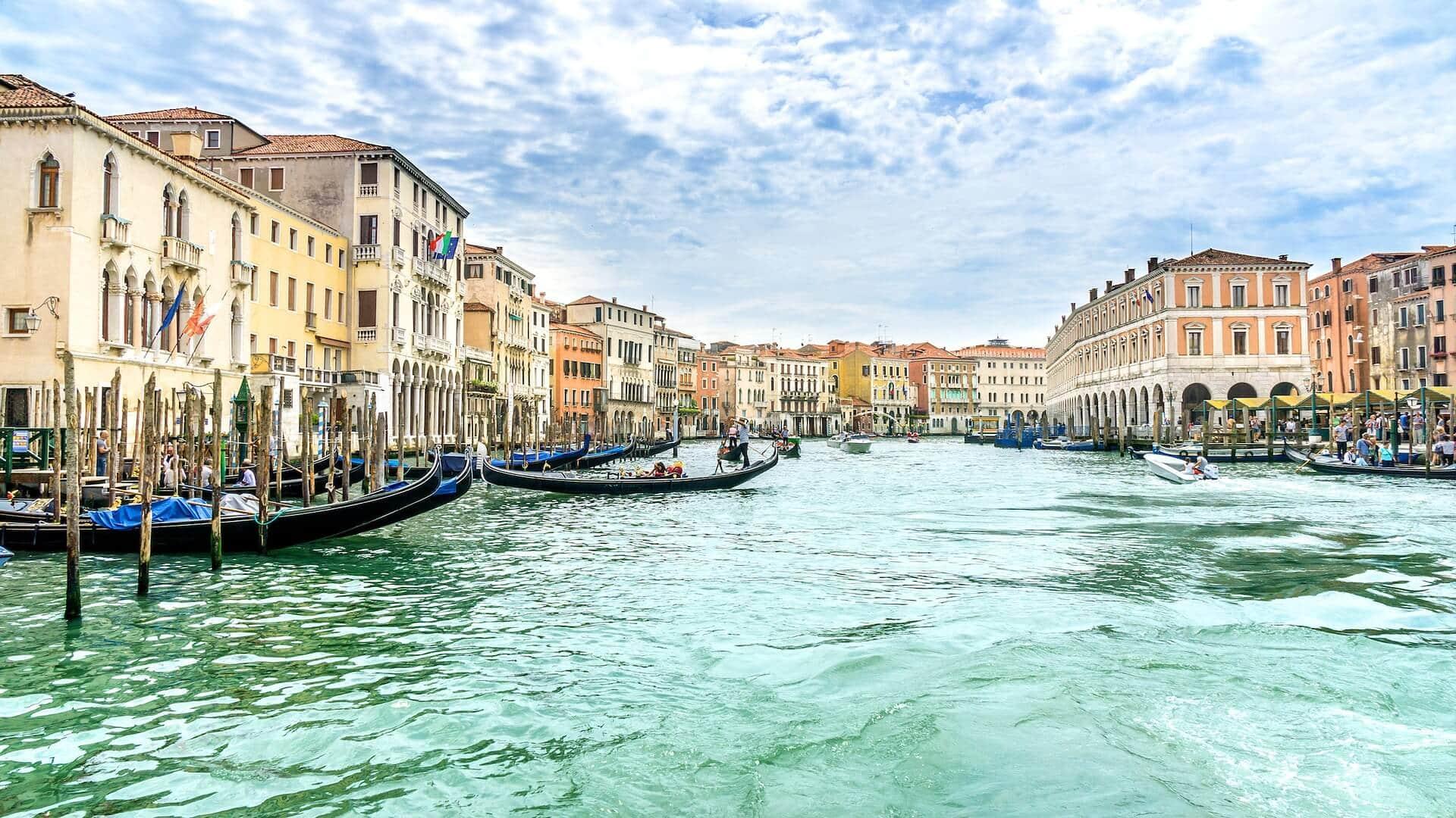Venedig Sehenswuerdigkeiten Venedig Gondeln
