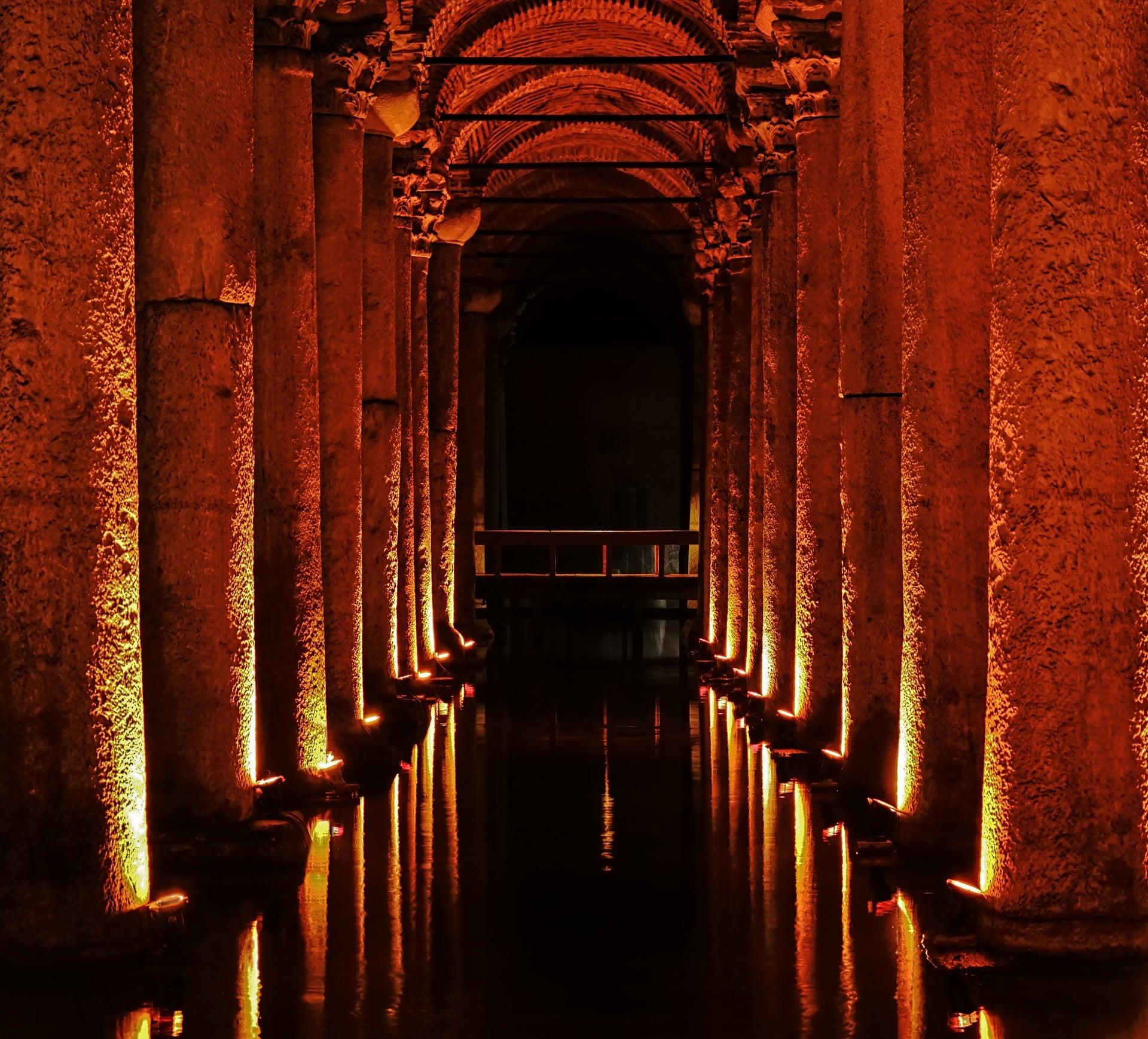 Istanbul Sehenswürdigkeiten: Cisterna Basilica