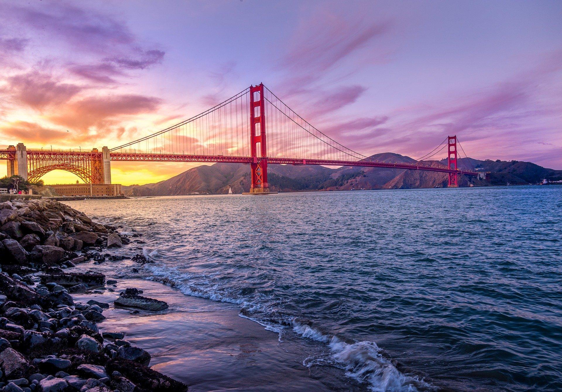 Golden Gate BridgeSan Francisco Sehenswürdigkeiten - Die besten San Francisco Sightseeing Orte!