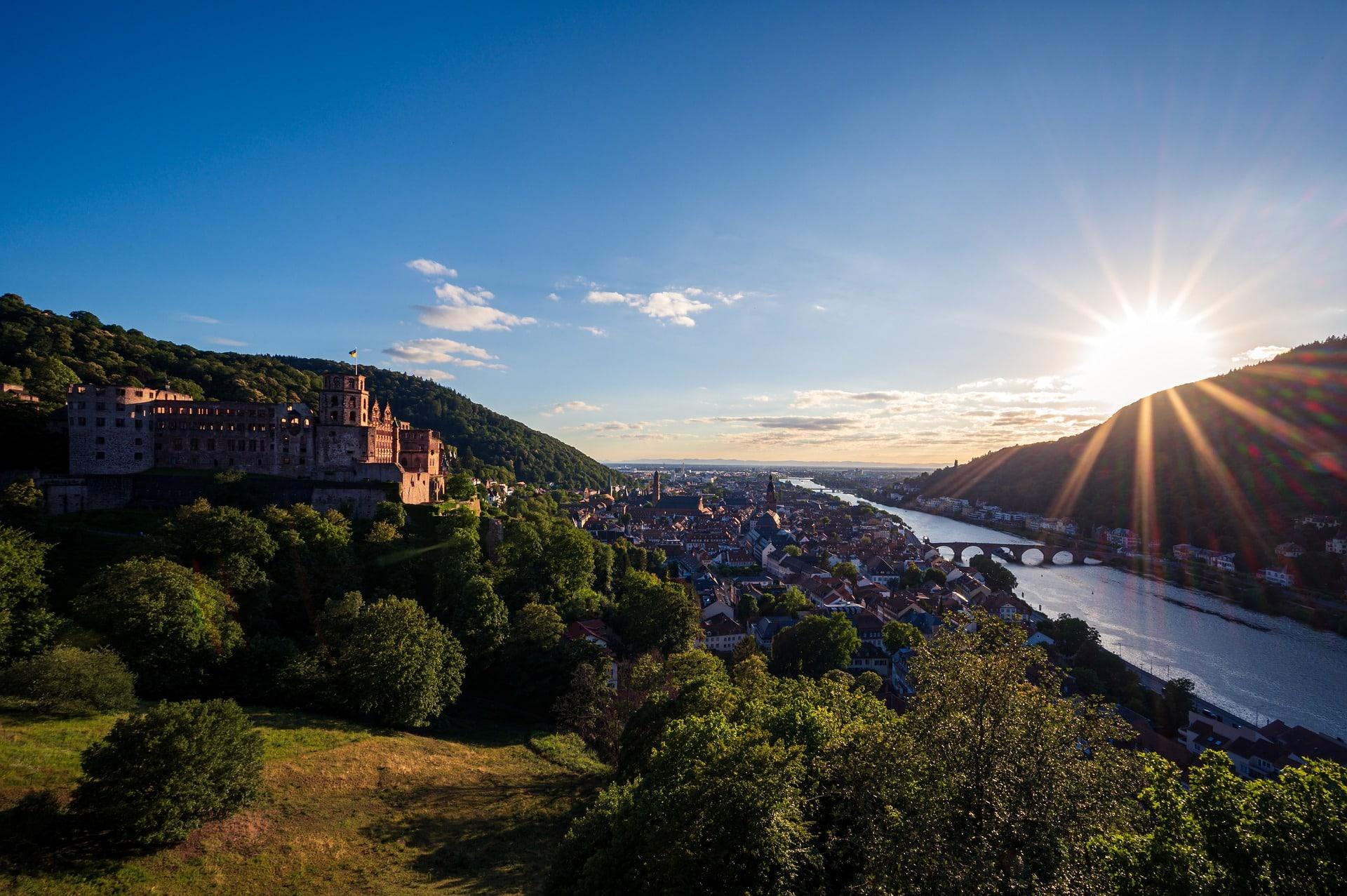 Heidelberg Sehenswürdigkeiten Aussicht über Heidelberg und das Schloss
