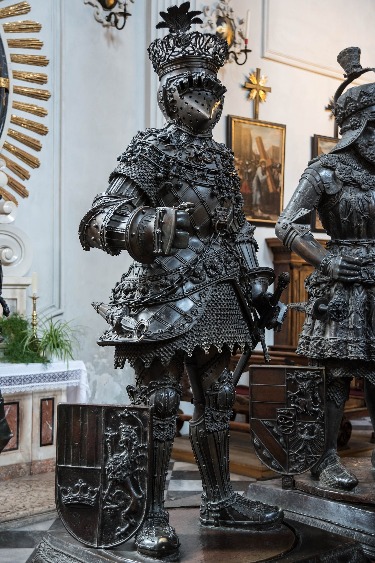 Statuen in der Hofkirche Innsbruck