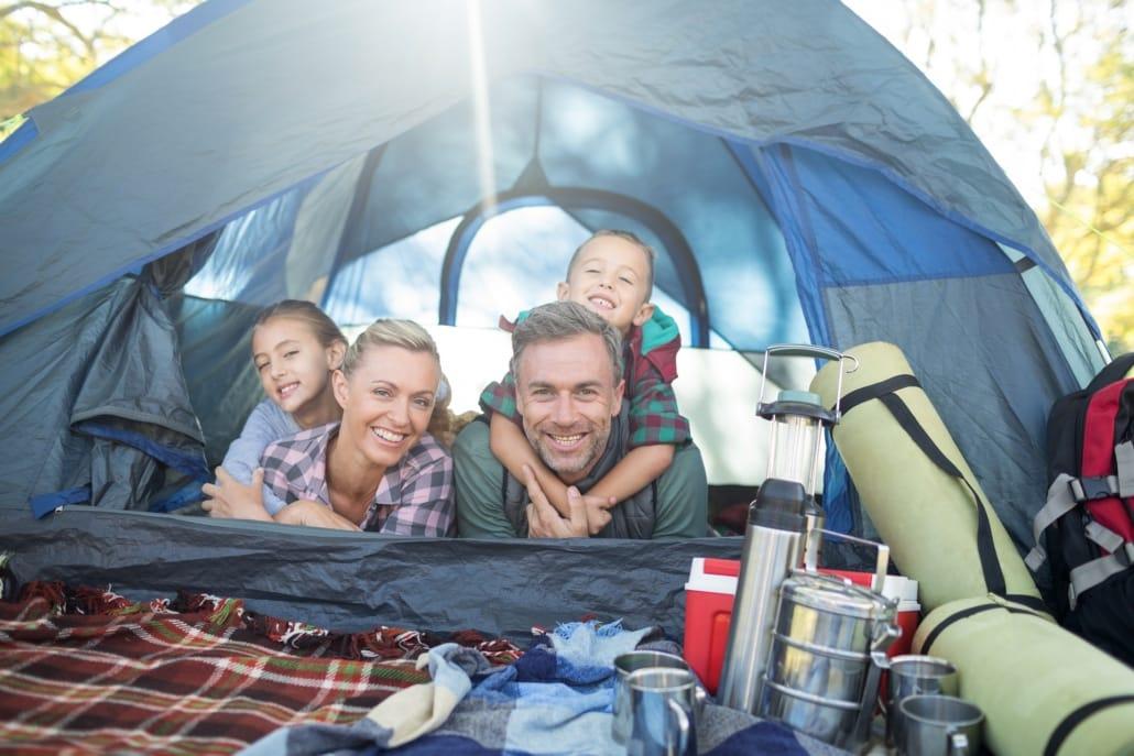 So wird der Camping- und Zelturlaub für Kids zum Vergnügenr-Kids-zum-Vergnüge