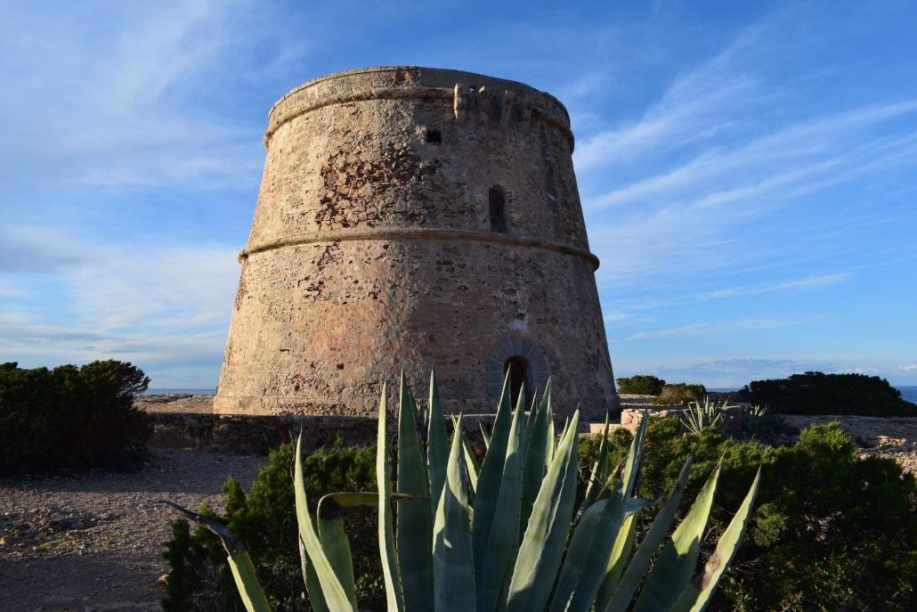 Ibiza Sehenswürdigkeiten - Torre d'es Savinar